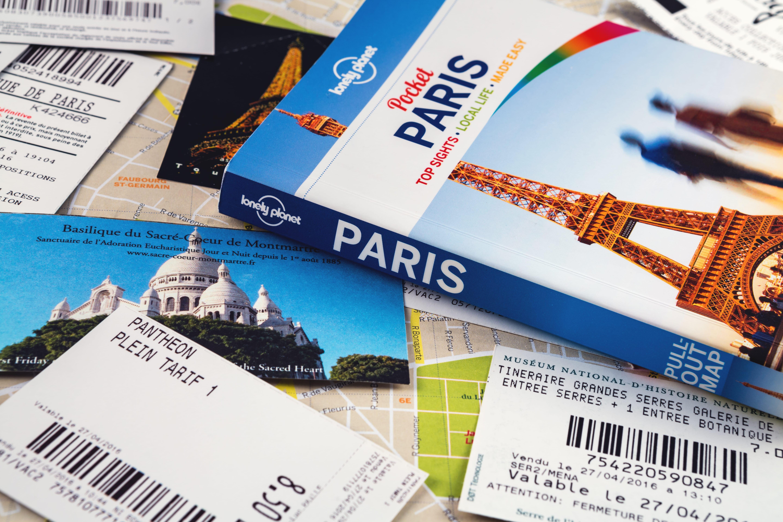 vacances en groupe de jeunes à Paris