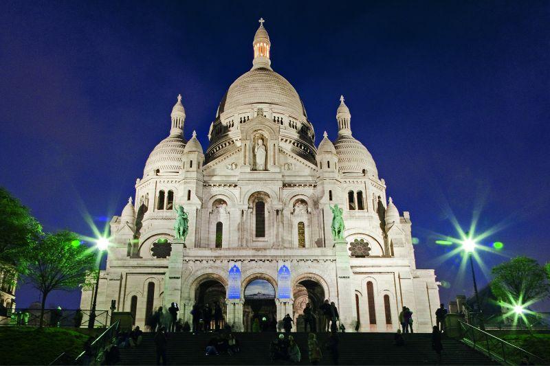 Albergue_Juvenil-PARIS-Montmartre-Sagrado_Corrason