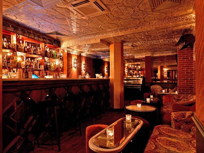 Best bar for Christmas in PARIS closed to BVJ LOUVRE HOSTEL