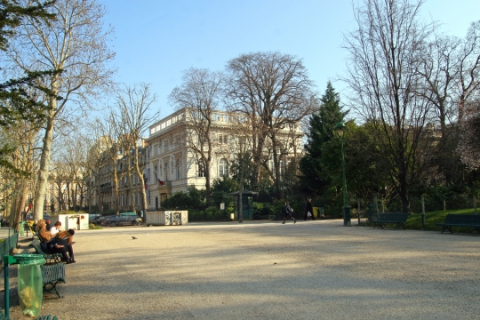MUSEE CERNUCHI - expo PARIS - sortie pedagogique - hebergement jeune - Auberge de Jeunesse BVJ CHAMPS-ELYSEES-MONCEAU PARIS