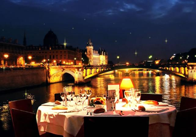 River Cruise for new year in PARIS with BVJ HOSTEL in PARIS