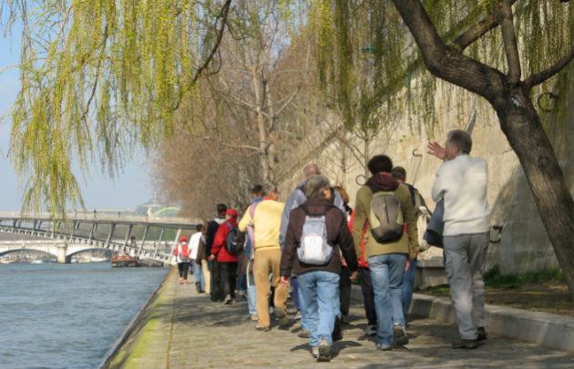 passeio para conhecer a cidade de Paris a pé