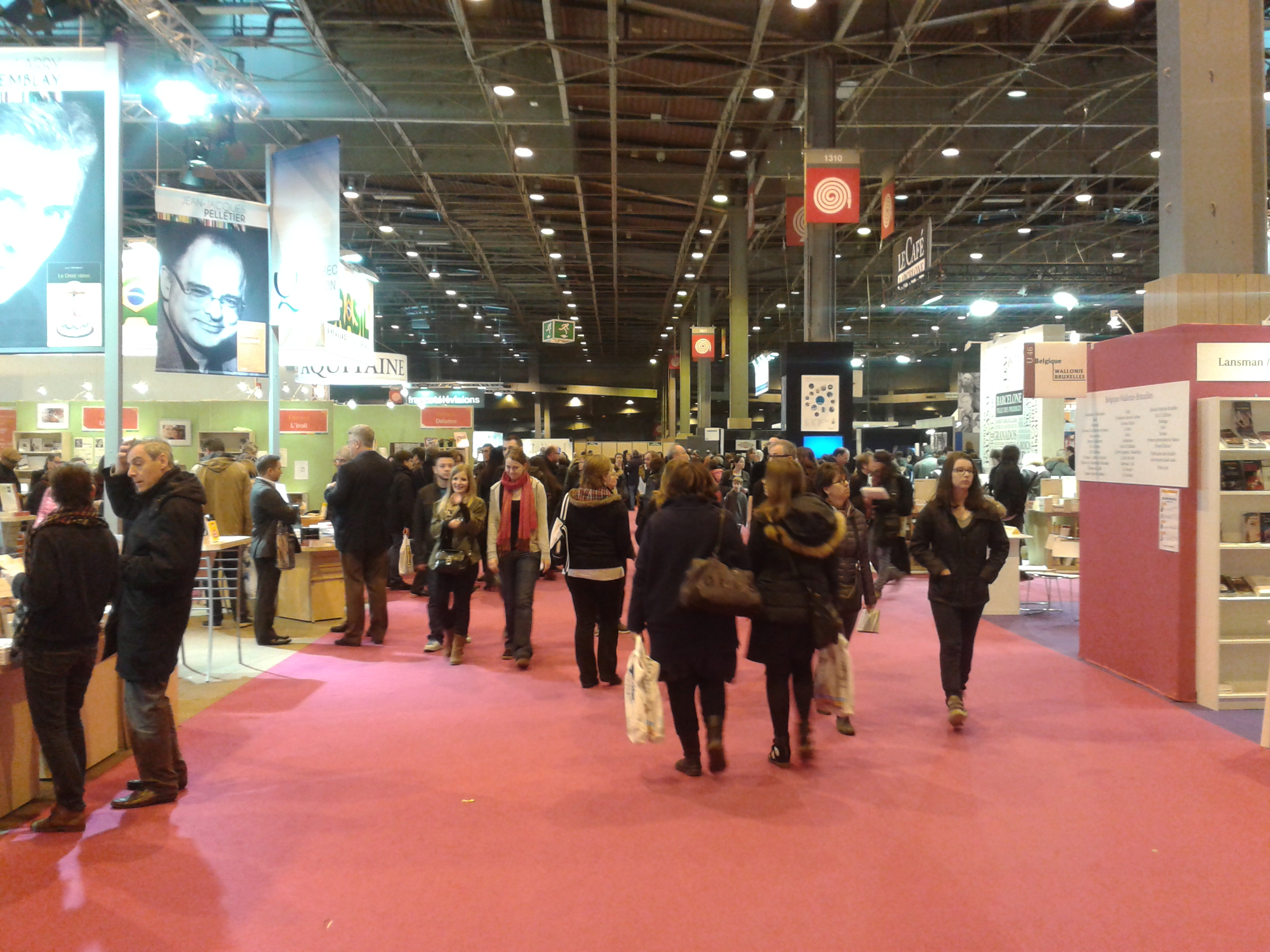 Le salon du livre paris on y va for Salon paris mars 2017